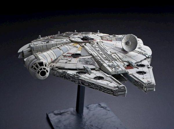 millennium falcon rise of skywalker 4